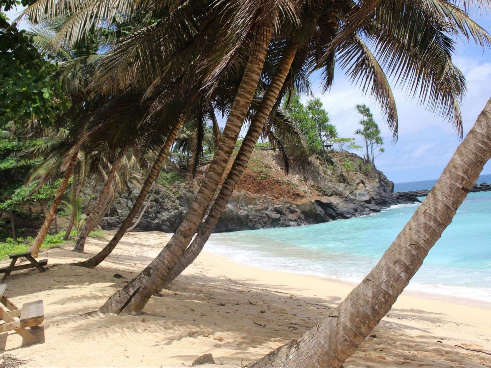 praia paradisiaca de sao tome